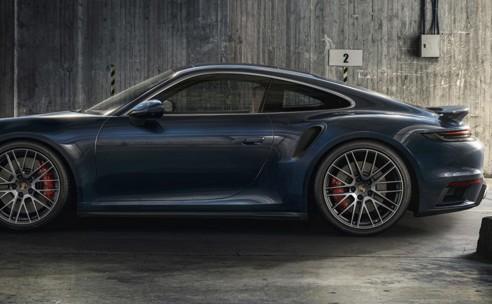 Nieuwe Porsche 911 Turbo: na 45 jaar nog steeds de benchmark
